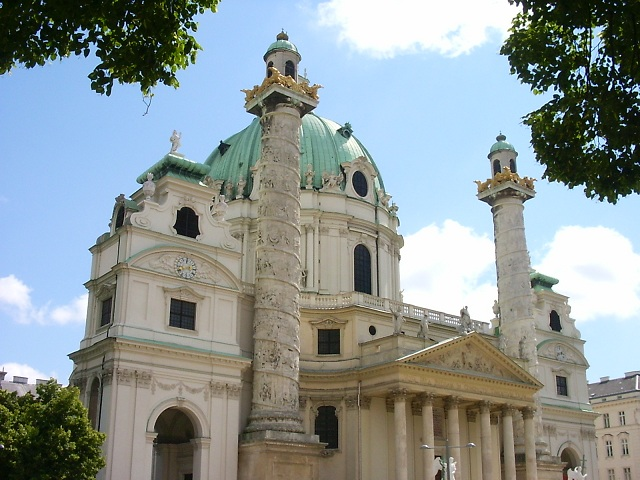 Parce que ça demeure mon édifice religieux préféré d'Europe!