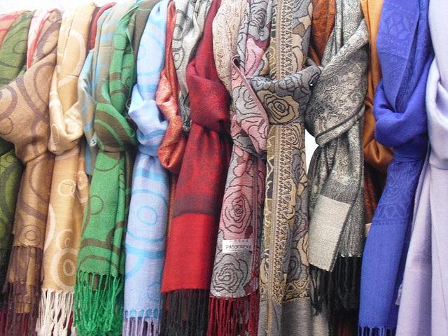Le foulard multiusage par thehomebird - Flickr