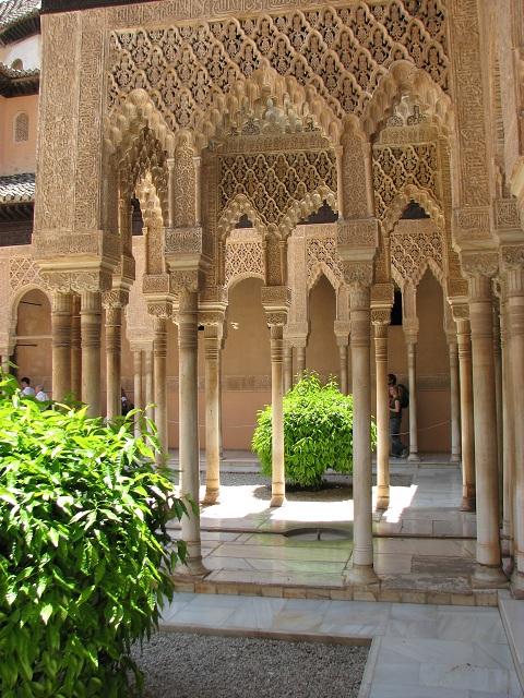 l alhambra joyau poustouflant de l architecture espagnole moi mes souliers. Black Bedroom Furniture Sets. Home Design Ideas