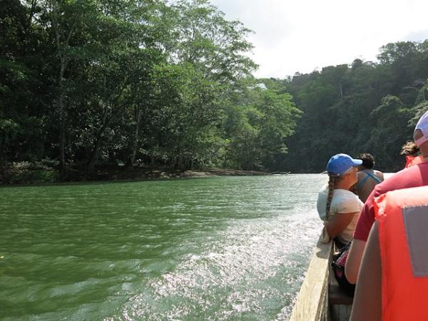 pirogue Embera Village Panama