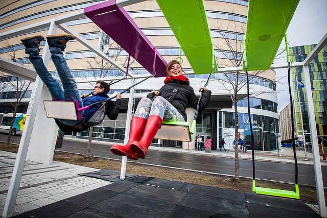 Les petits ET les grands s'en donnent à coeur joie! (photo : Toma Iczkovits)