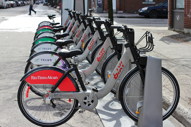 BIXI, le vélo en libre-service de Montréal (photo tirée du blogue Quand-dira-t-on)