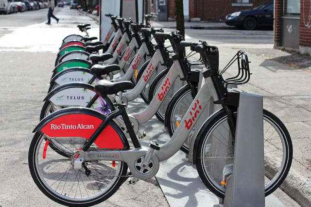 BIXI, le vélo en libre-service de Montréal (photo tirée du blogue Quand-dira-t-on)