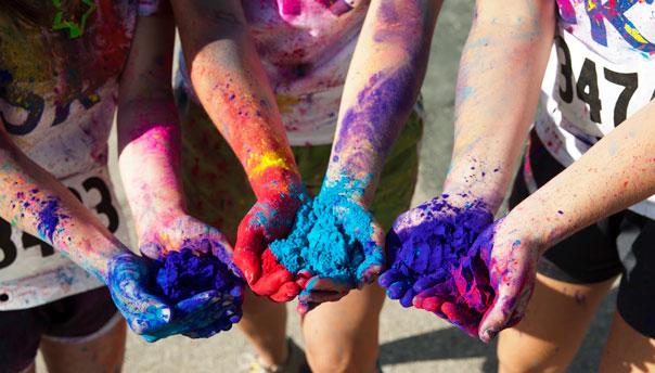 plein les mains la color run - Poudre Color Run