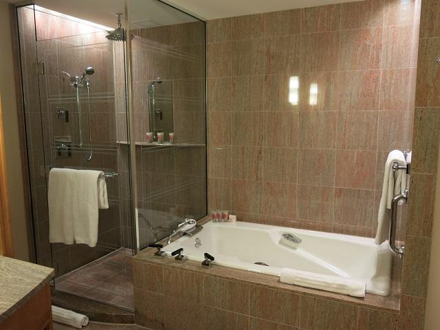 bain et douche Mandarin Oriental Boston