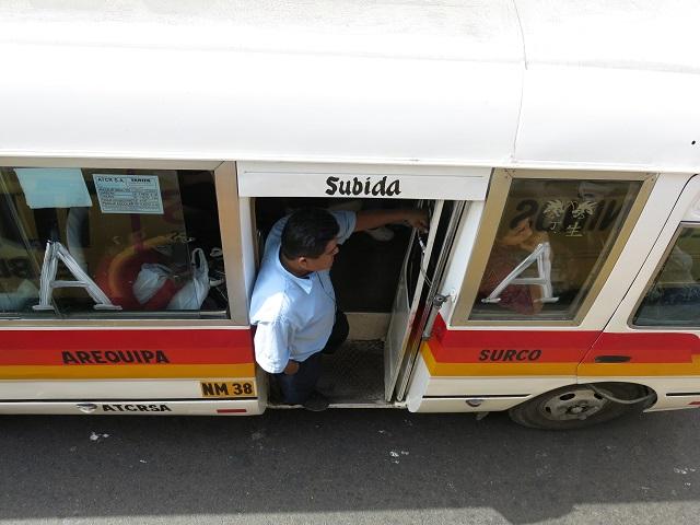 dans le bus de Lima