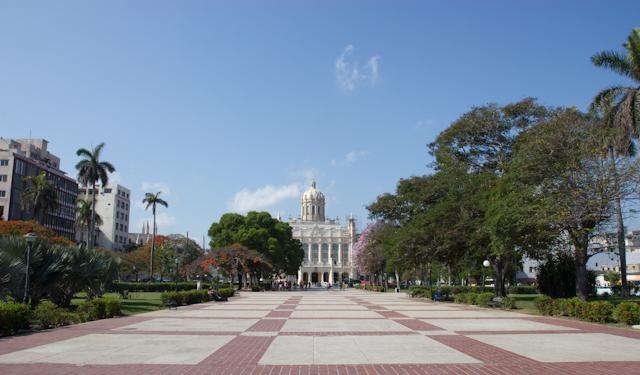 La Havane déserte au zénith, Cuba