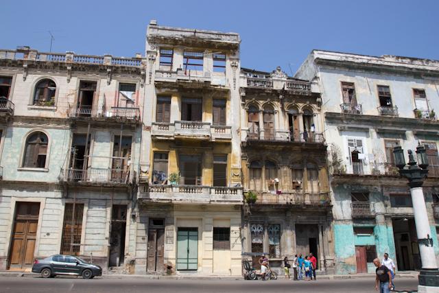 Les vieux immeubles de La Havane, Cuba