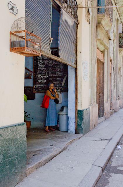 Pause téléphone, La Havane, Cuba