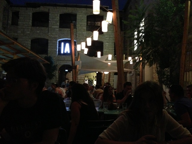 Budapest - La cour intérieure du bar An'kert