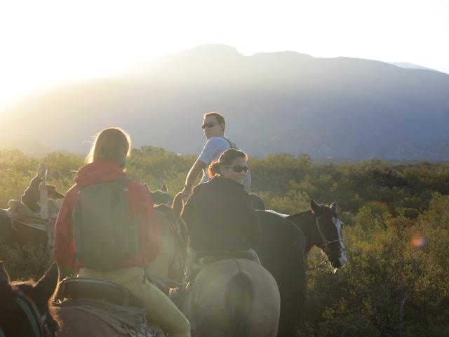 Déborah maîtrise son cheval - Mendoza, Argentine