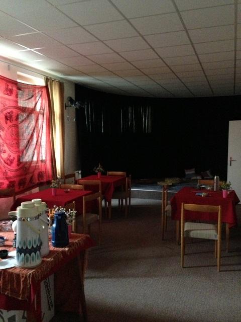 Le salon de thé mis en place pour le mariage
