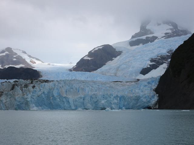 Énorme glacier - Cruceros MarPatag - El Calafate, Argentine
