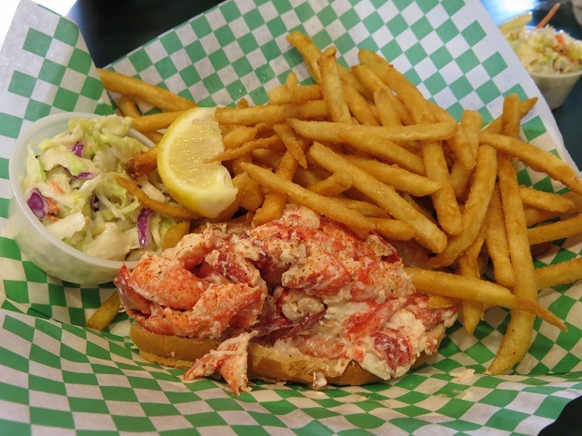Lobster Roll au Yankee Lobster Co. - Boston, États-Unis