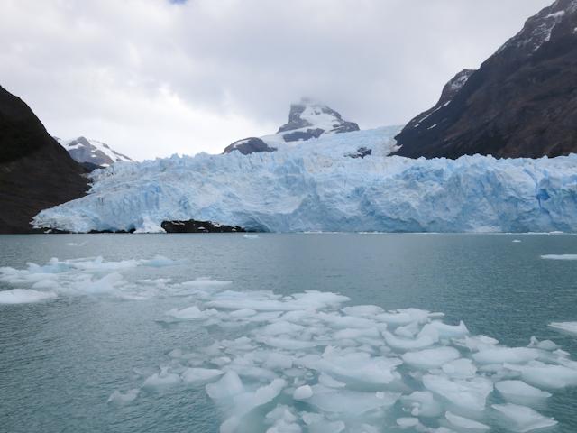 Mini icebergs - Cruceros MarPatag - El Calafate, Argentine
