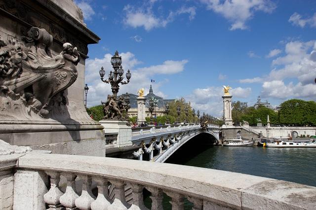 Pont Alexandre III et la Seine - Paris