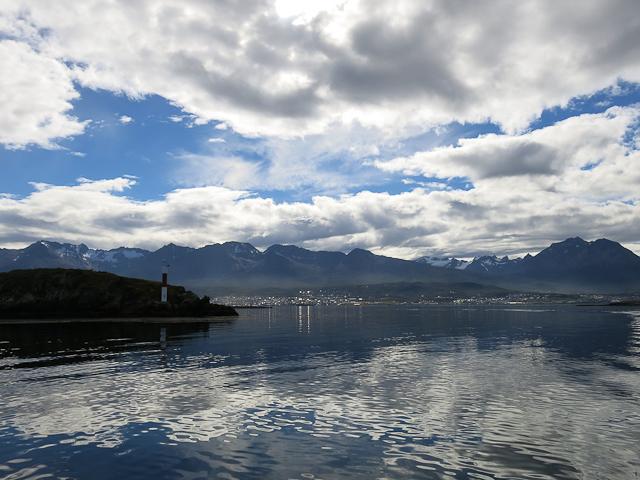 Reflets sur l'eau - Ushuaia, Argentine