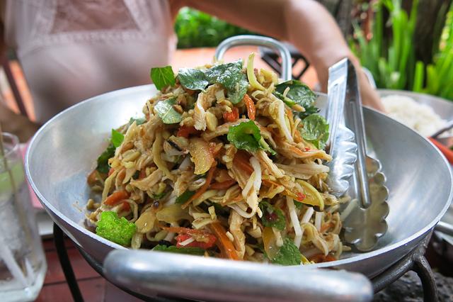 Salade de fleurs de bananier - Siem Reap, Cambodge