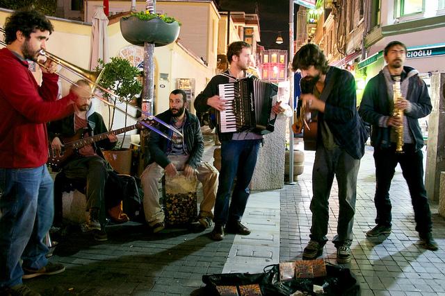Musiciens de rue en Turquie