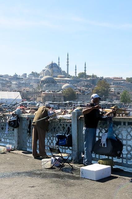 Pêcheurs du pont Galata - Istanbul, Turquie