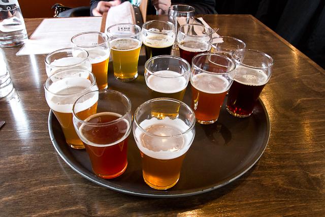 Horloge de dégustation de bières - Brasseurs du temps - Gatineau, Outaouais