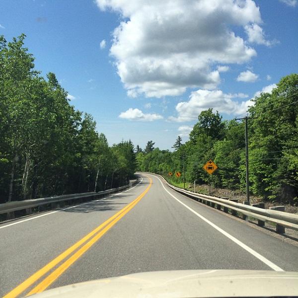 Sur l'autoroute 50 Montréal-Montebello