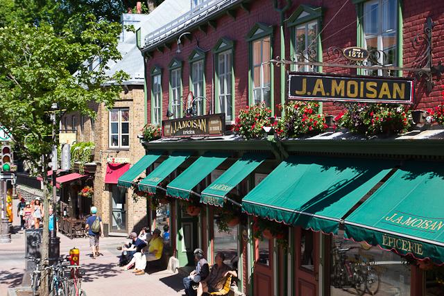 Épicerie J.A. Moisan - Québec, Canada