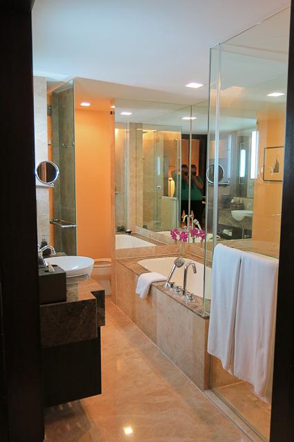 Salle de bains - Anantara Riverside - Bangkok, Thailande