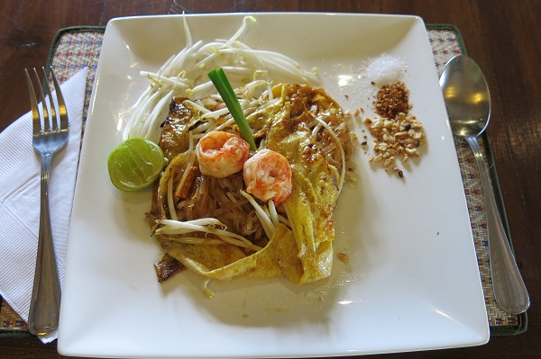 Un pad thai moderne - Baipai Thai Cooking School - Bangkok, Thailande