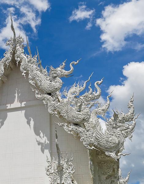 Détails du toit du Temple Blanc (White Temple) - Chiang Rai, Thaïlande