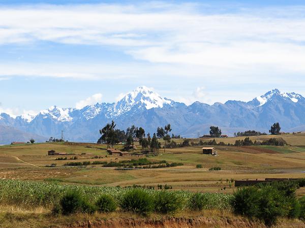 En route pour le Machu Picchu dans la vallée sacrée du Pérou