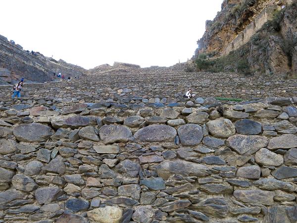 Vue rapprochée des patios d'Ollantaytambo - Vallée sacrée des Incas, Pérou