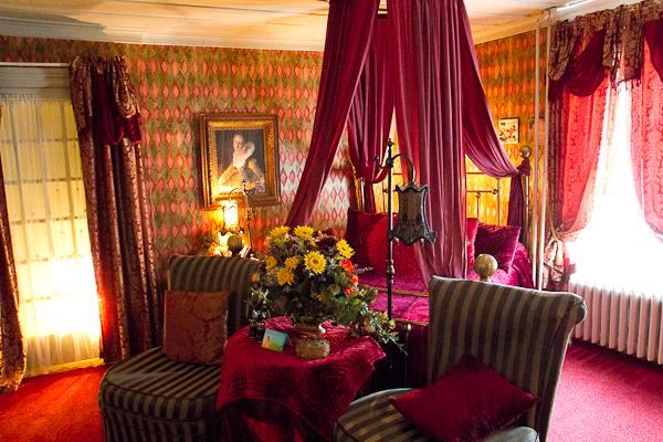 Une des chambres de l'Auberge du Mange Grenouille au Bic, Bas-Saint-Laurent