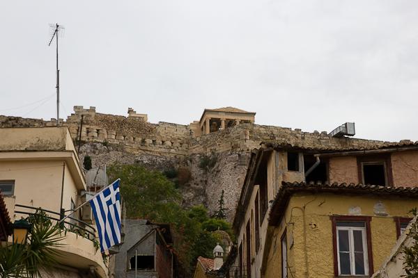 Vue de l'Acropole de Plaka - Athènes, Grèce