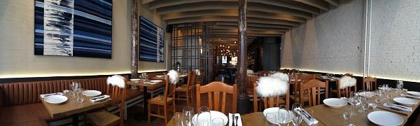 Intérieur du resto - Restaurant Ikanos, Vieux-Montréal, Québec