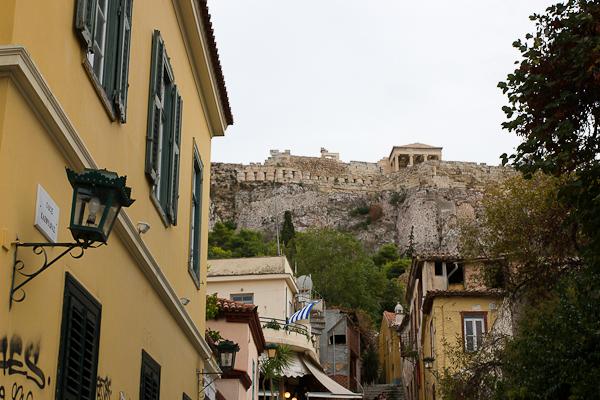 Vue sur l'Acropole de Plaka - Athènes, Grèce