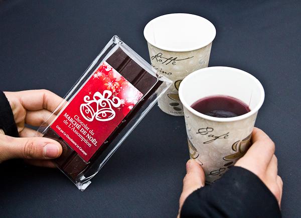 Vin chaud et chocolat, quoi demander de plus - Marché de Noel de L'Assomption - Lanaudière