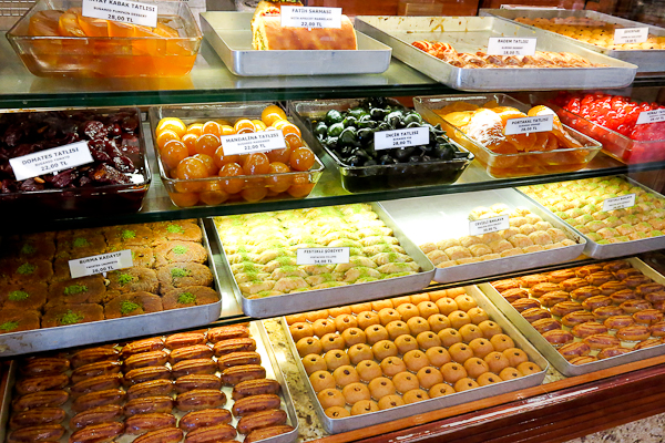 Différentes sucreries - Istanbul, Turquie