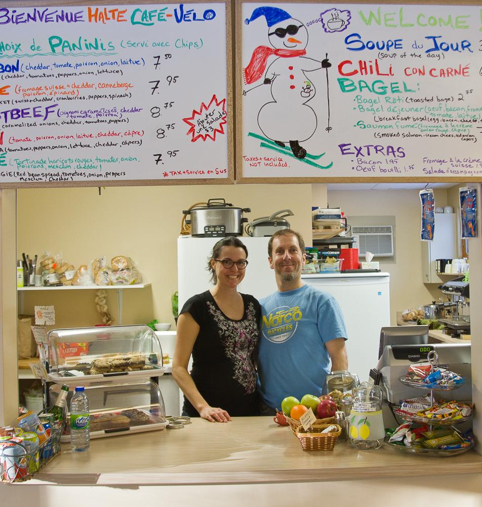 Christian et Marie - Halte Café-Vélo du poste d'accueil du parc national de la Mauricie