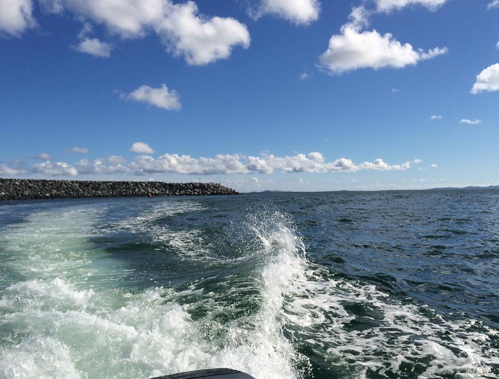 Beaucoup de vagues sur l'océan - Îles-de-la-Madeleine
