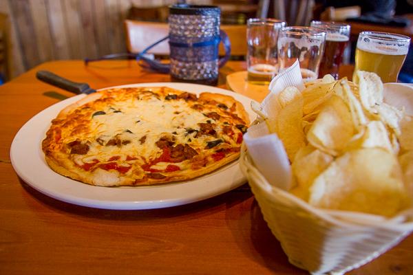 Pizza à la saucisse Gros Mollet - Microbrasserie du Lac Saint-Jean - Saguenay-Lac-Saint-Jean