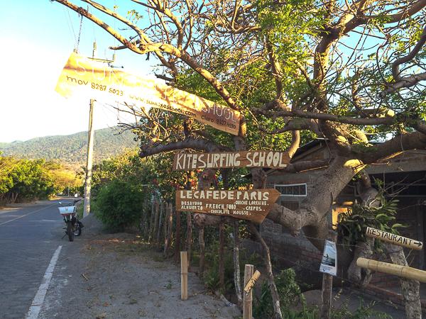École de kitesurf française, ils servent même des quiches lorraines! - Ometepe, Nicaragua
