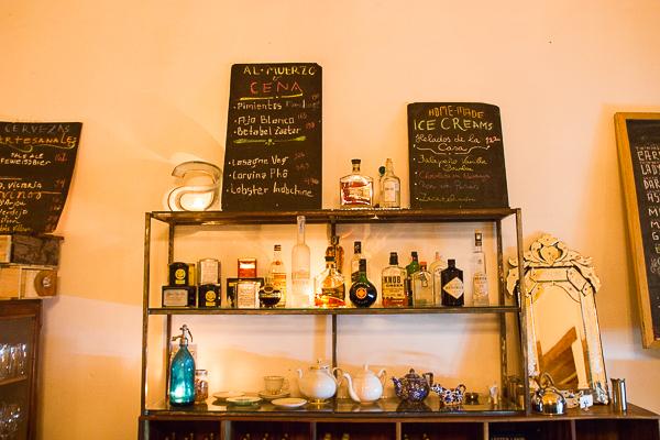 Comptoir du Espressionnista Café, Granada, Nicaragua