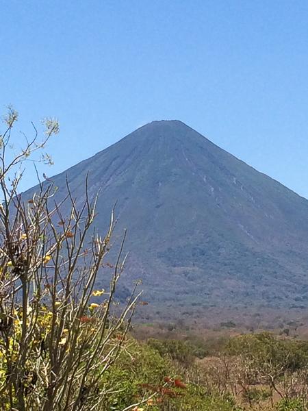 Le volcan Concepcion sans nuages - El Encanto - Ometepe, Nicaragua