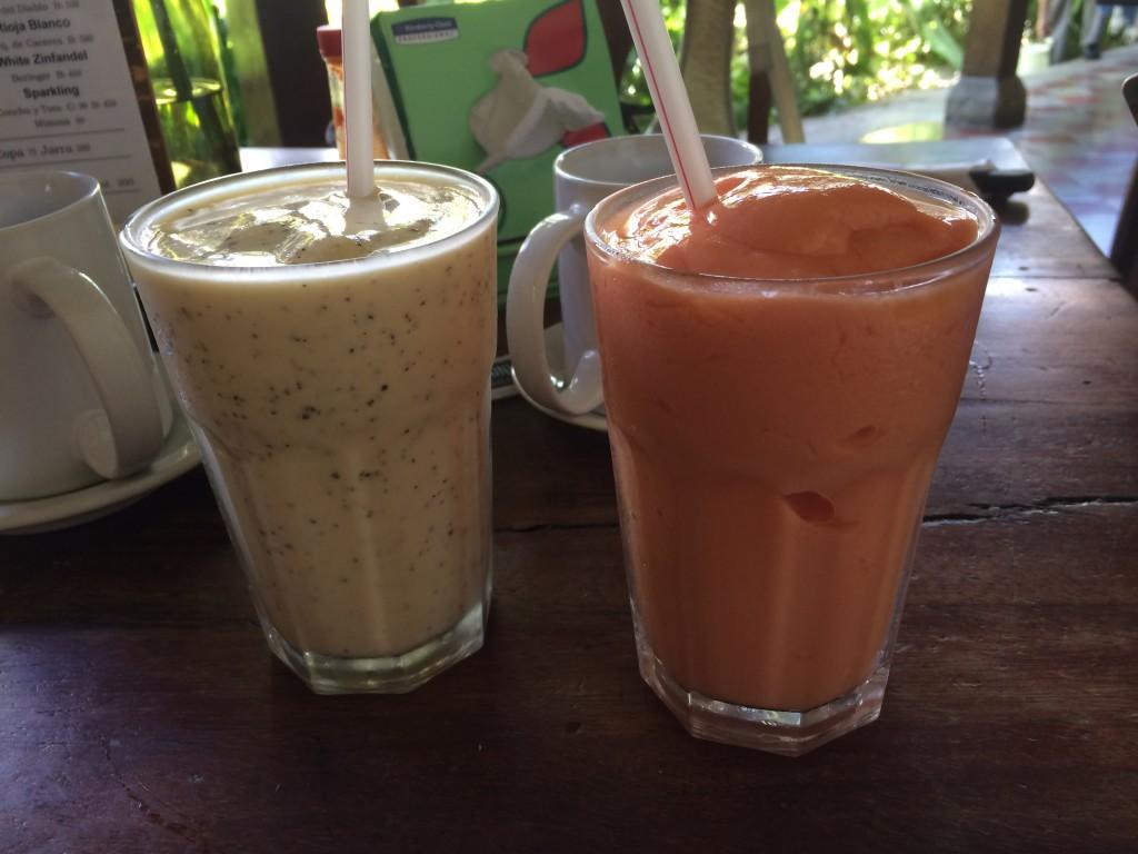 Smoothies ou batidos du The Garden Cafe, Granada, Nicaragua
