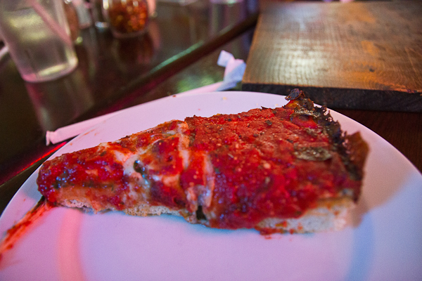 Pequod's dans Lincoln Park - Chicago Pizza Tours
