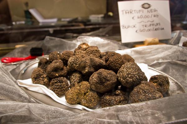 au pays de la truffe noire chez Procacci Alimentari di Lusso - Florence, Toscane, Italie