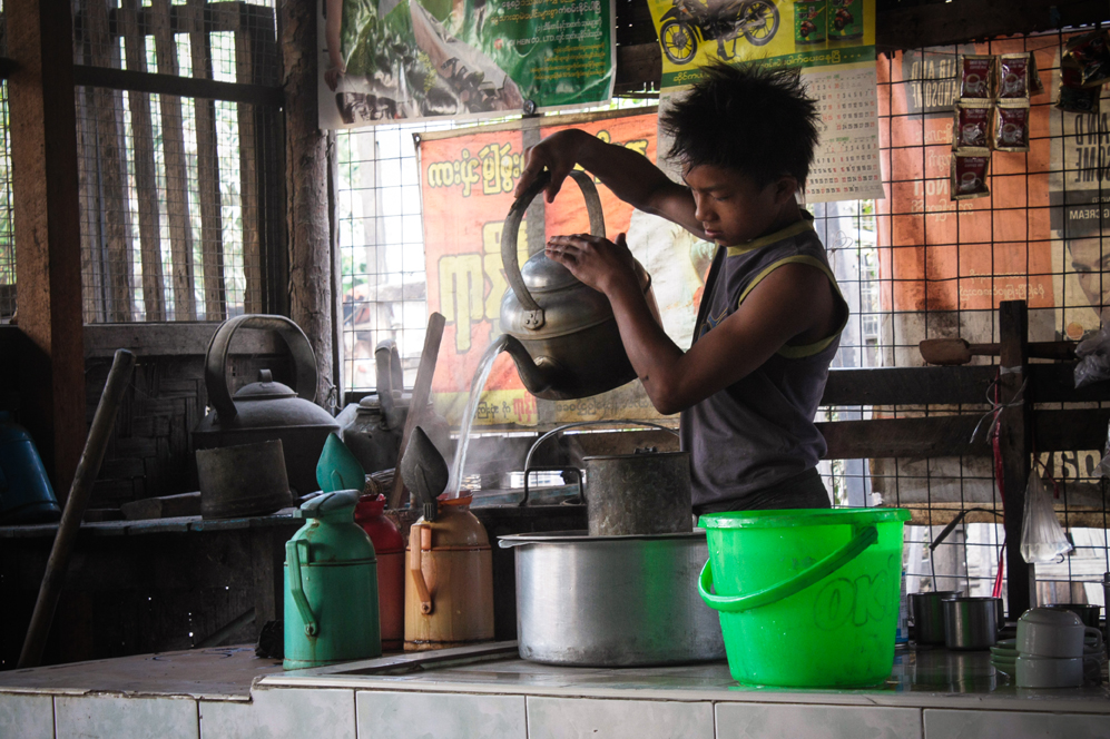 Stories of inspiration-Myanmar - Tea shop à Mandalay