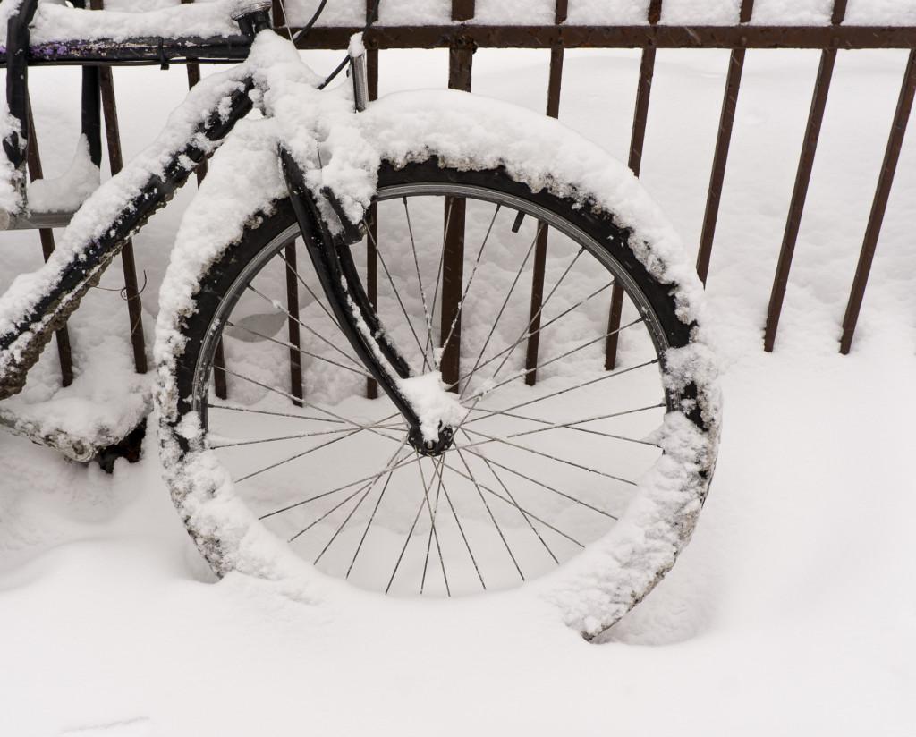 Vélo oublié pour l'hiver - Villeray, Montréal