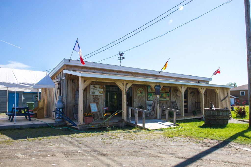 Boutique Maurifils en bord de route au Madawaska